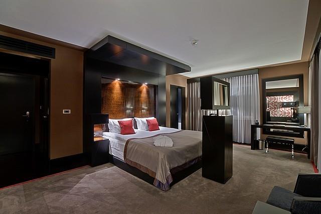 Platinum Palace Boutique Hotel