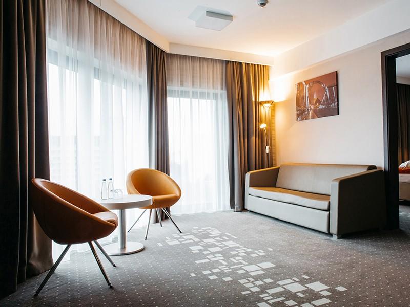 Q Plus Wrocław Hotel