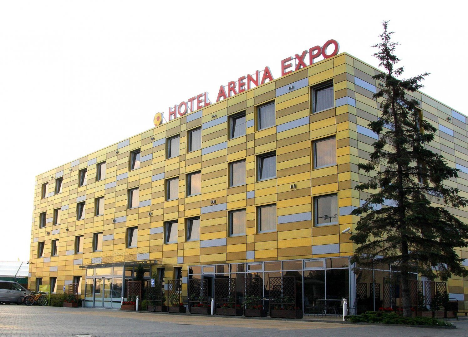 Arena Expo Hotel
