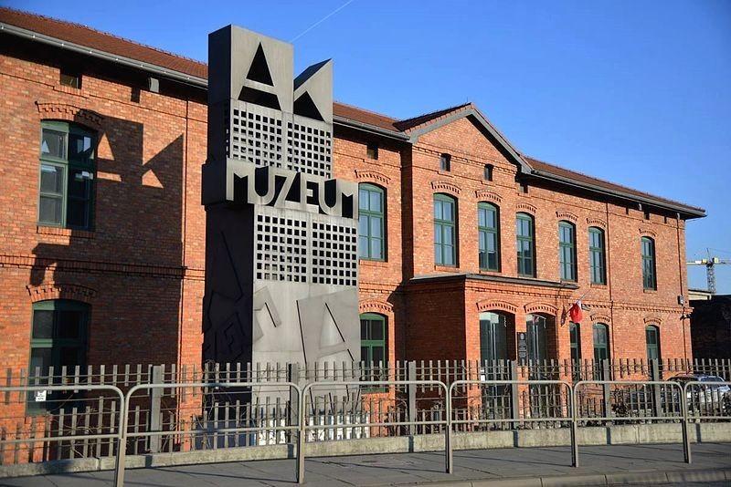 Top 10 WWII memorials in Poland