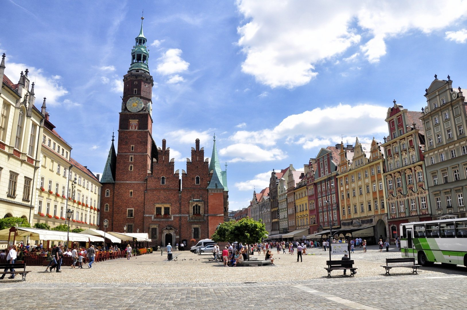 Wroclaw – a magical city of bridges and meetings