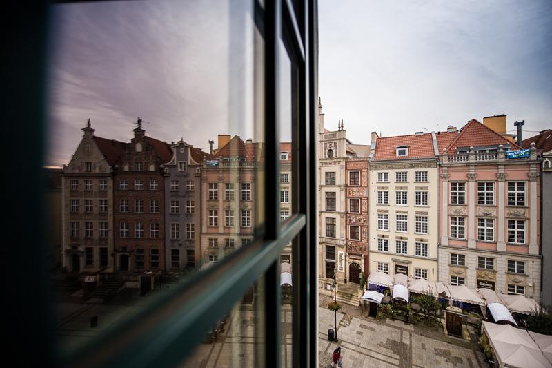 Holland House Residence Hotel