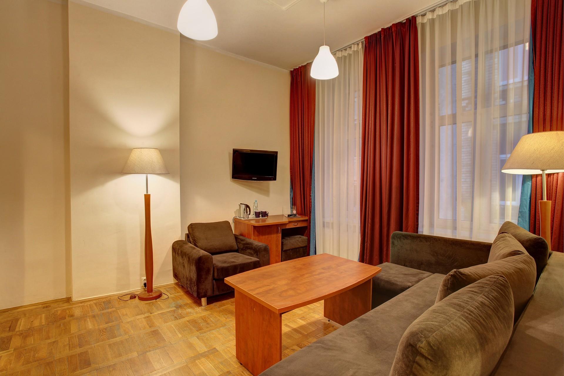Lothus Hotel