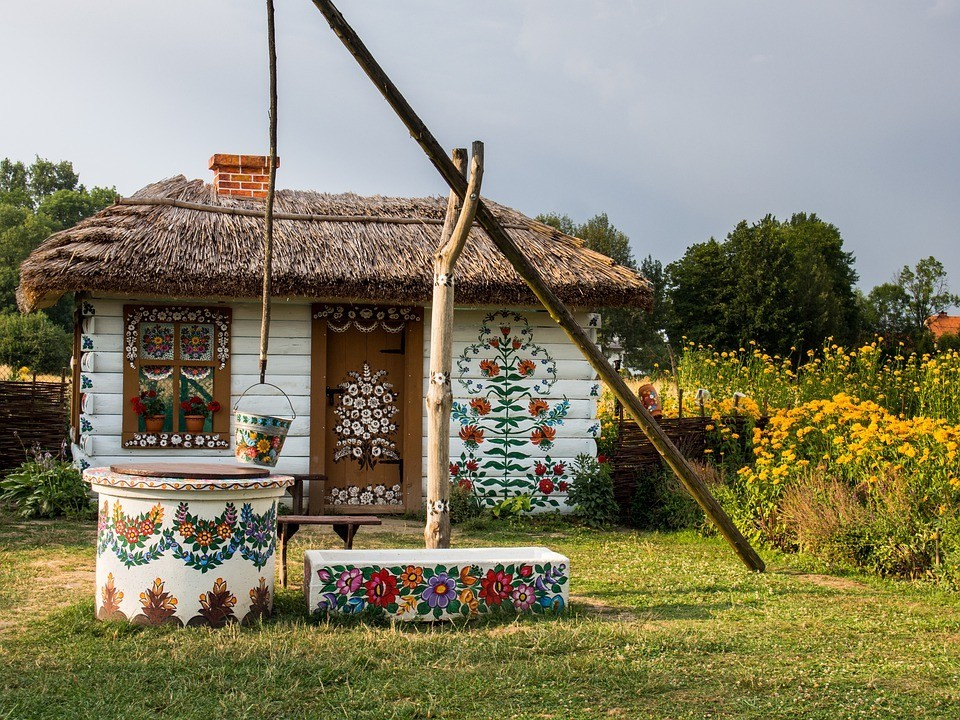 Open Air Museums and Folk Culture in Poland